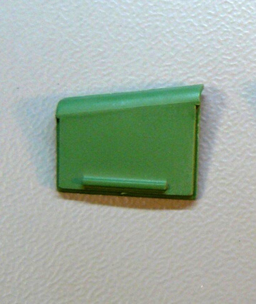 Krycí víčko baterií = Levé / GTA, GTP, GTI